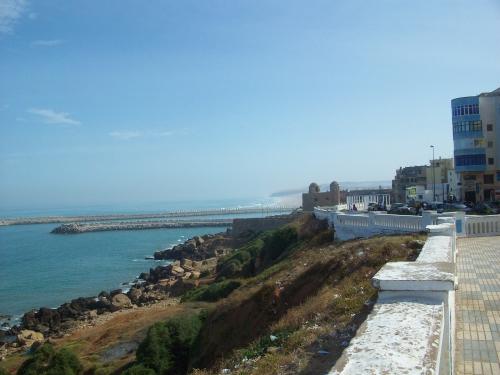 Larache_seafront-1.jpg